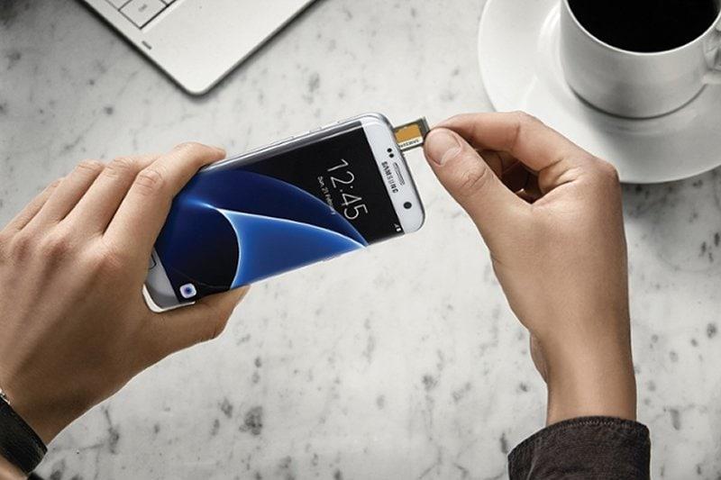 Samsung Galaxy S7 Edge micro SD card slot