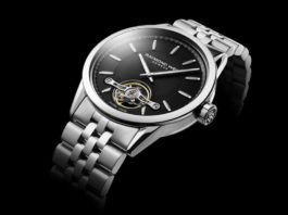 Raymond Weil Freelancer Calibre RW1212 a First