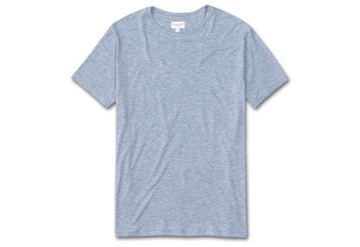 The Perfect Men's Cashmere Sweater & T-Shirt Combo for Fall